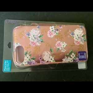 Claire's cell phone case 6/7/8+